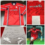 Middlesbrough FC 1999-00 Home Match Worn Shirt with players autograph